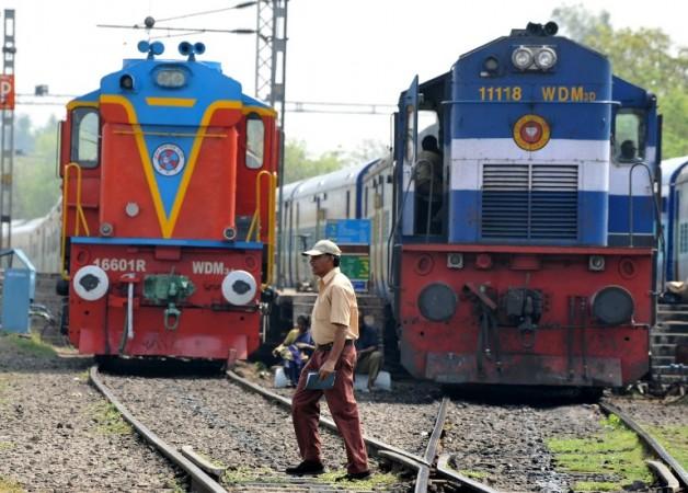 Rail budget train