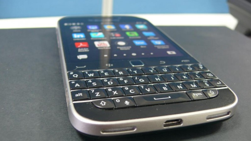 Physical QWERTY keyboard of Blackberry Classic