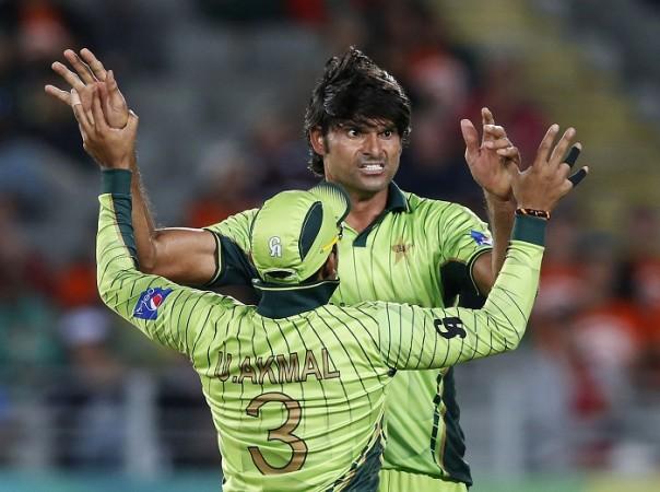 Umar Akmal Mohammad Irfan Pakistan ICC Cricket World Cup 2015