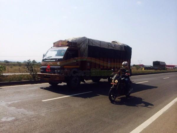Mahindra Mojo Launch in India by June
