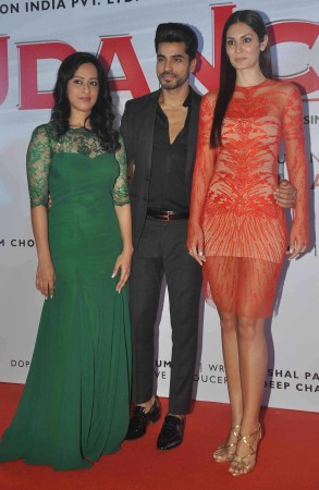 Sasha Saigal, Gautam Gulati, Bruna Abdullah