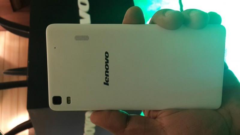 Lenovo A7000 Rear Panel