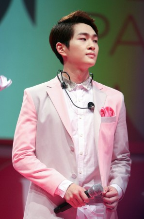 Onew of Shinee