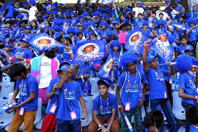 Mumbai Indians Crowd Fans