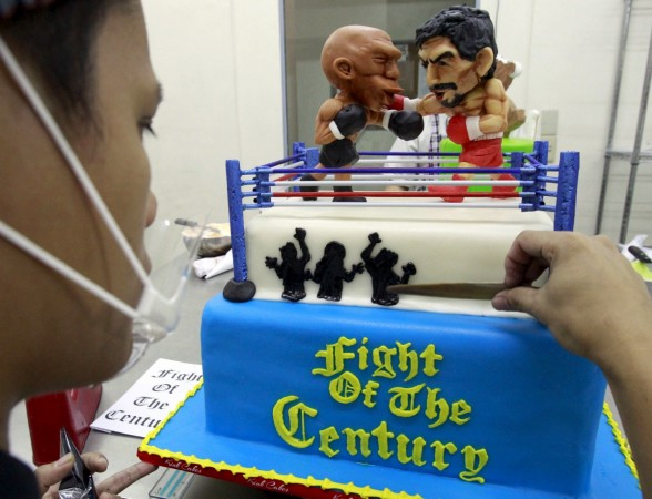 Fight of the century cake