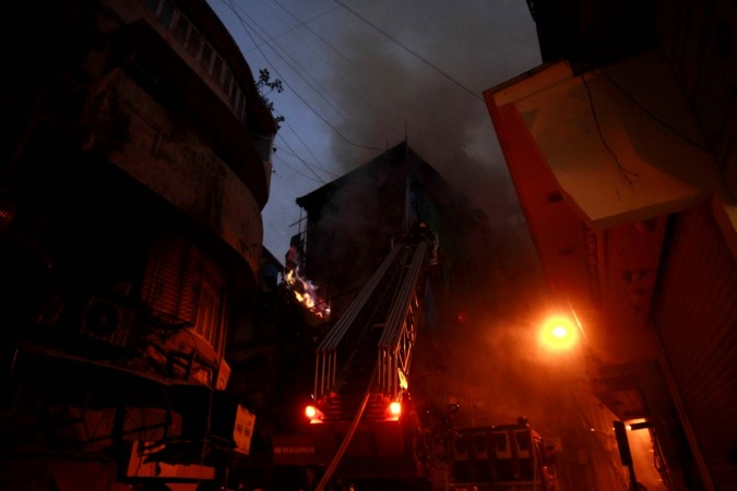 fire in mumbai building