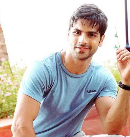 'Yeh Hai Mohabbatein': Vivek Dahiya aka Rajveer of 'Ek Veer Ki Ardaas...Veera' to Enter Show; Handsome Actor to Romance Mihika