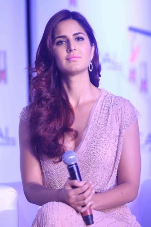 Katrina Kaif's Red Hair Avatar in 'Fitoor'