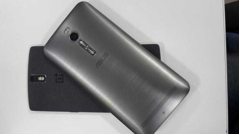 ASUS ZenFone 2 vs OnePlus One Review