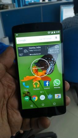 Nexus 5 with Android 5.1.1 Lollipop