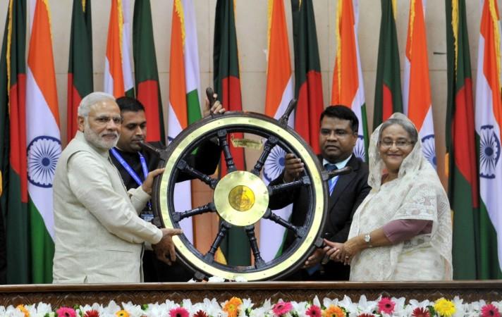 Manohar Parrikar to visit Dhaka