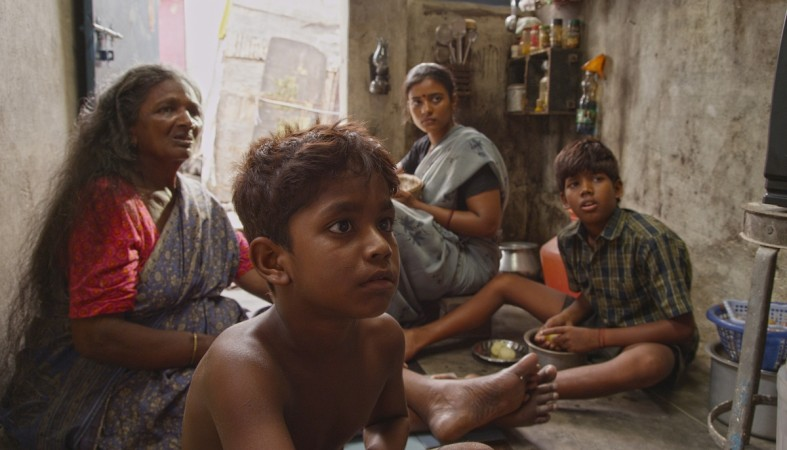 A still from Kaaka Muttai