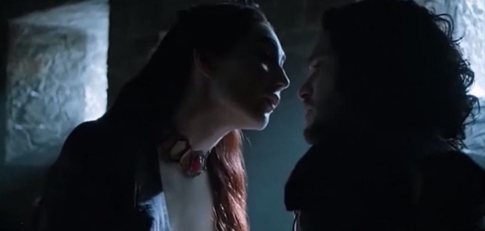 Melissandre and Jon Snow in Season 5 of 'Game of Thrones'