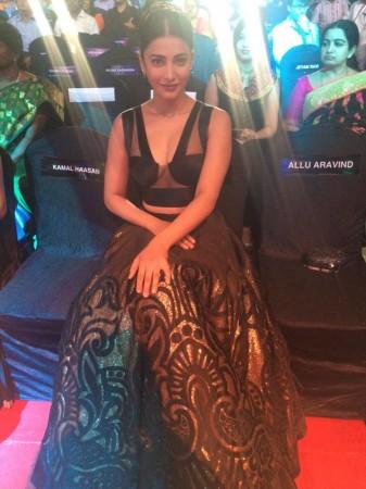 Shruti Haasan at Filmfare Awards South