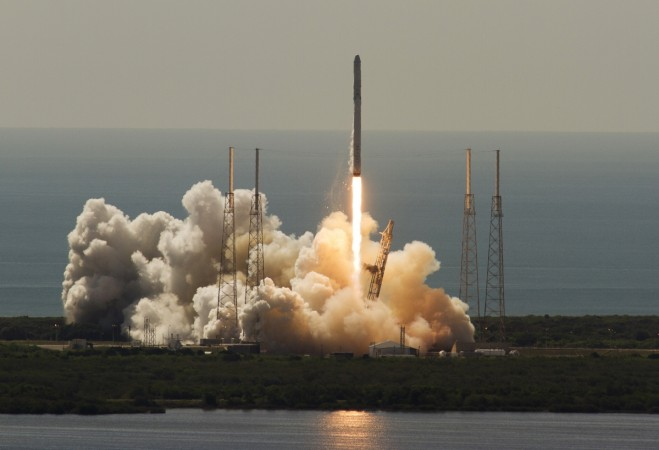 [ January 8, 2017 ] Next SpaceX launch slipped to avoid stormy