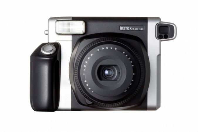 FujiFilm launches instax WIDE 300 camera