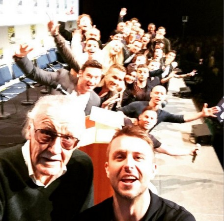 Hugh Jackman, Ryan Reynolds, Channing Tatum and other 'X-Men', 'Deadpool', 'Wolverine' cast members along with Stan Lee makes for an epic selfie