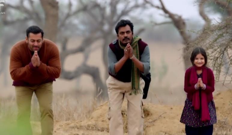 "Salman Khan, Nawazuddin, Harshaali's bonding in the song 'Zindagi Kuch Toh Bata' from  ""Bajrangi Bhaijaan""."