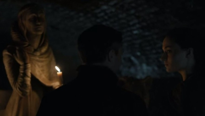 Sansa and Littlefinger in front of Lyanna Stark's statue in the Crypts