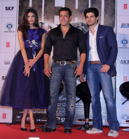 'Hero' Trailer Launch