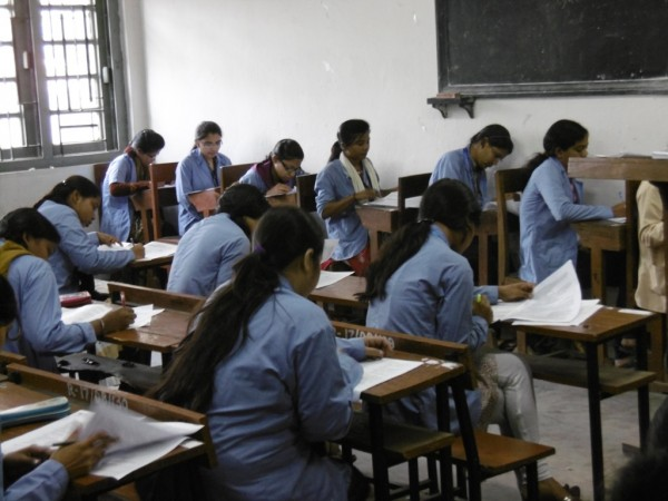 SC refuses to allow hijab in AIPMT re exam