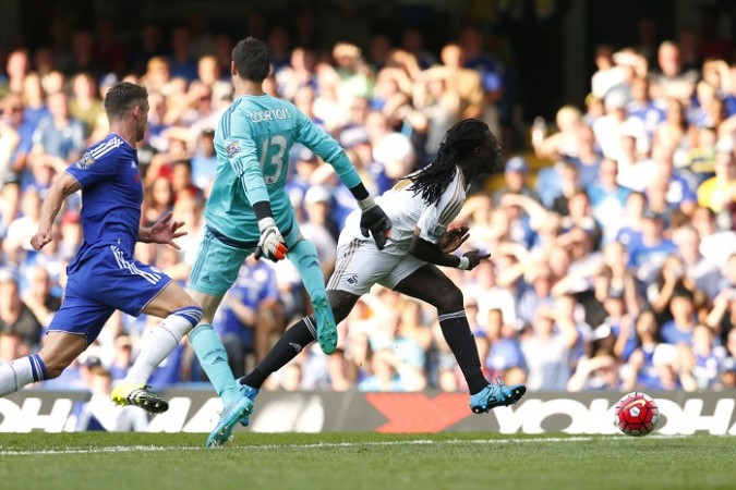 Thibaut Courtois Gary Cahill Chelsea Bafetimbi Gomis Swansea