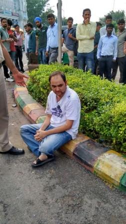 Delhi man tried to kiss girl