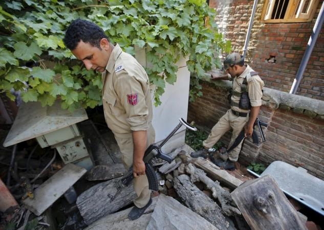 Kashmir grenade attack