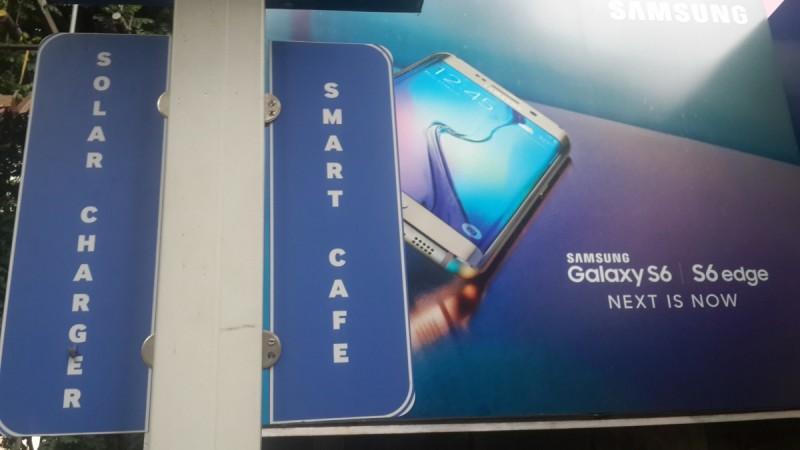 Samsung Installs Free Solar-Powered Mobile Charging Stations Across Bengaluru [PHOTOS]