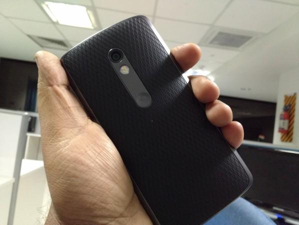 Moto X Play First Impression: rear