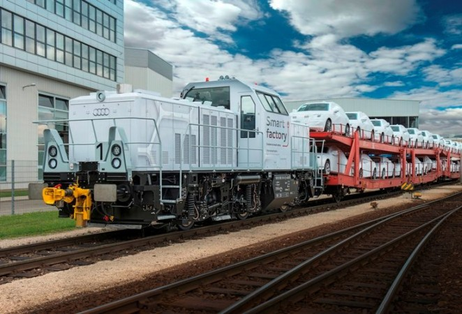 Plug-in hybrid locomotive at Audi Ingolstadt plant