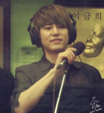 Kyuhyun will perform at Dongho's wedding ceremony