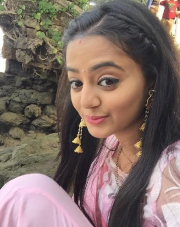 'Swaragini' actress Helly Shah dances with 'Prem Ratan Dhan Payo' actor Salman Khan