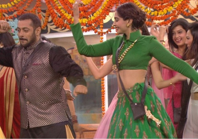 'Bigg Boss 9': Salman Khan, Sonam Kapoor celebrate Diwali with the inmates