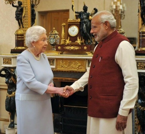 Indian PM minister Narendra Modi being welcomed by Queen Elizabeth before their lunch at the Buckingham Palace.