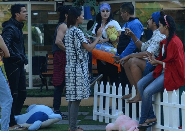 'Bigg Boss 9': Mandana Karimi to spy on contestants; Prince Narula angry with Salman Khan?