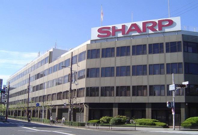 Sharp posts massive annual losses ahead of Foxconn's takeover
