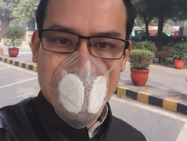 MP Gaurav Gogoi wearing mask
