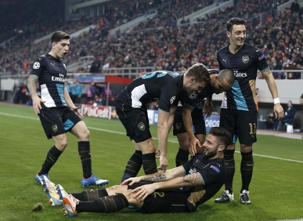 Olivier Giroud Arsenal Walcott Ramsey Ozil Bellerin