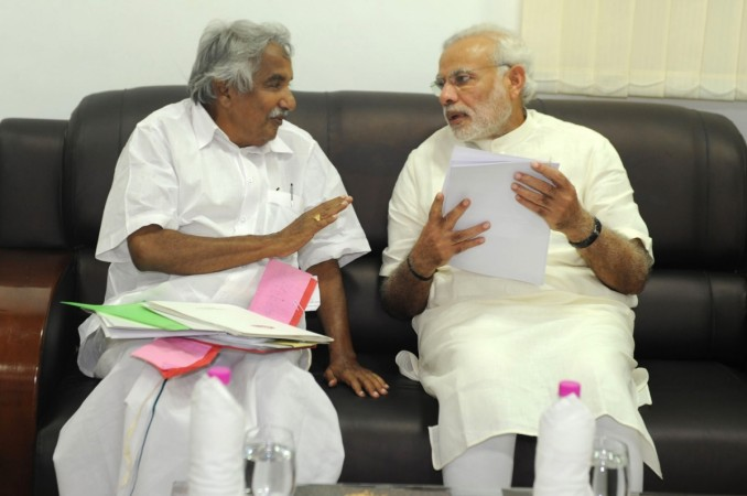 Prime Minister Narendra Modi and Kerala Chief Minister Oommen Chandy