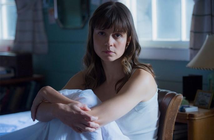 Katja Herbers as Helen Prins
