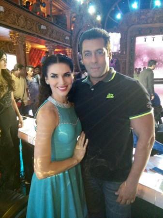 Scarlett Wilson, Salman Khan