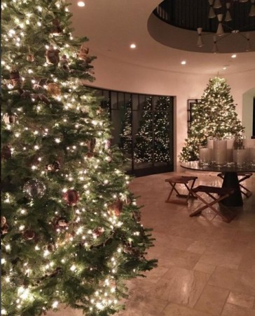 Kourtney Kardashian Christmas Tree