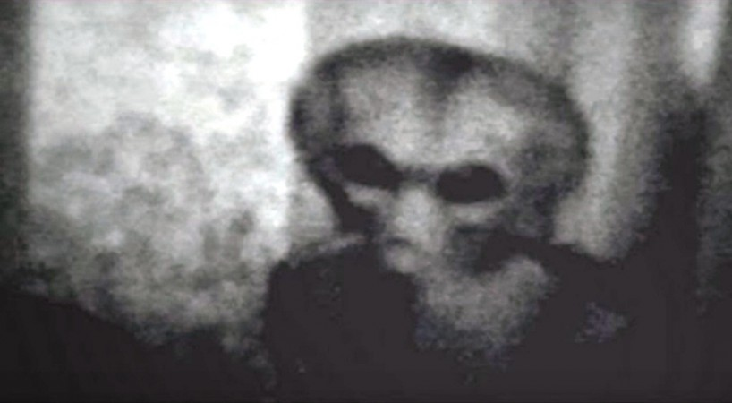 Several people have seen aliens.