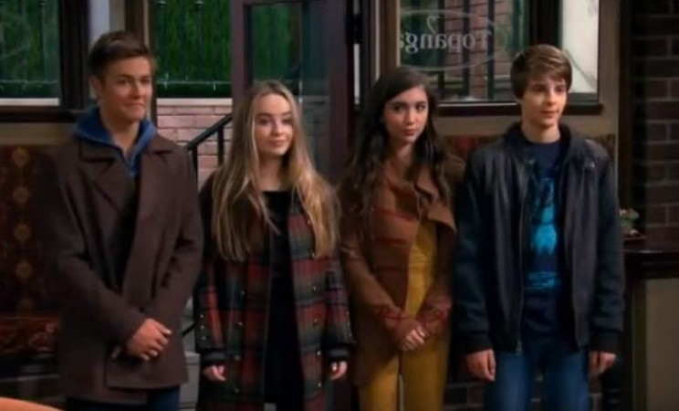 Lucas, Maya, RIley and Farkle from Girl Meets World season 2 episode 27 titled Girl Meets Money