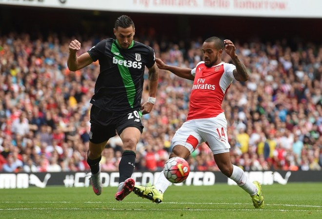 Theo Walcott Arsenal Geoff Cameron Stoke City