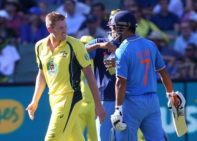 James Faulkner MS Dhoni Australia India