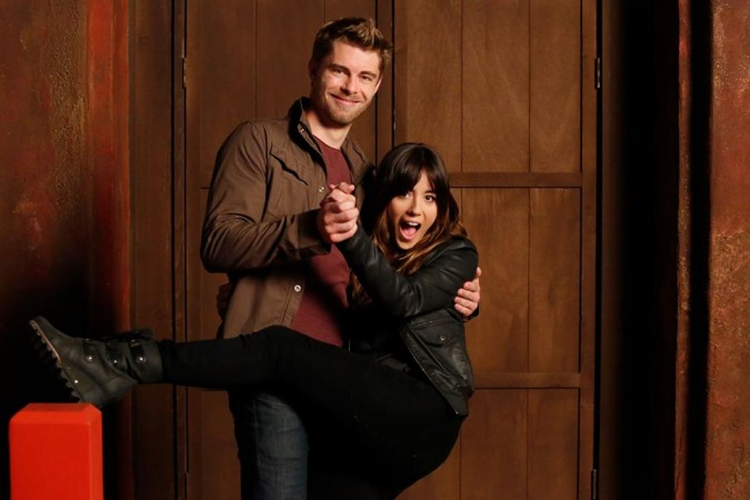 Chloe Bennet and Luke Mitchell as Daisy and Lincoln