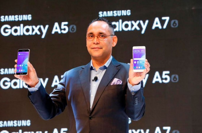 Manu Sharma, Director, Mobiles Business, Samsung India Electronics launchhing Galaxy A7 (2016) and Galaxy A5 (2016)