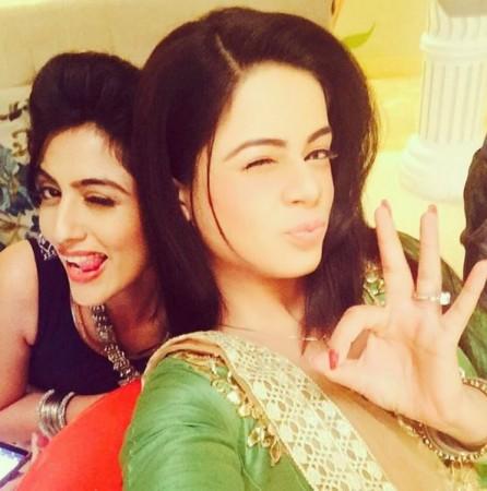 'Thapki Pyar Ki' actresses Jigyasa Singh aka Thapki and Monica Khanna aka Shraddha share a great bond